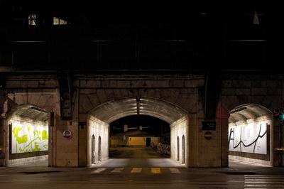 Durchfahrt und Durchgänge Dreiheiligenstraße