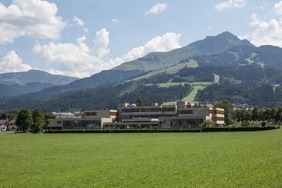 Team A Graz, Doppelhauptschule St. Johann in Tirol, 1974–79