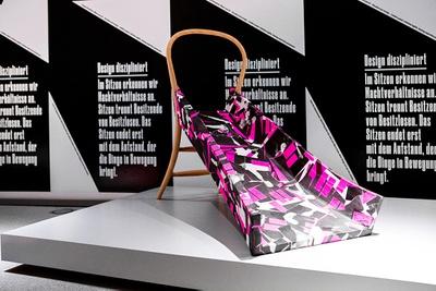 """Ausstellung """"Politics of Design, Design of Politics"""", Pinakothek der Moderne, München"""